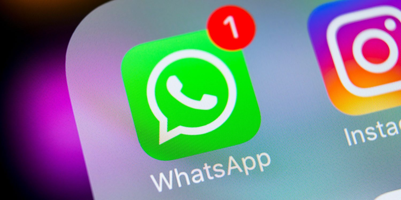 How to send long files or videos via WhatsApp