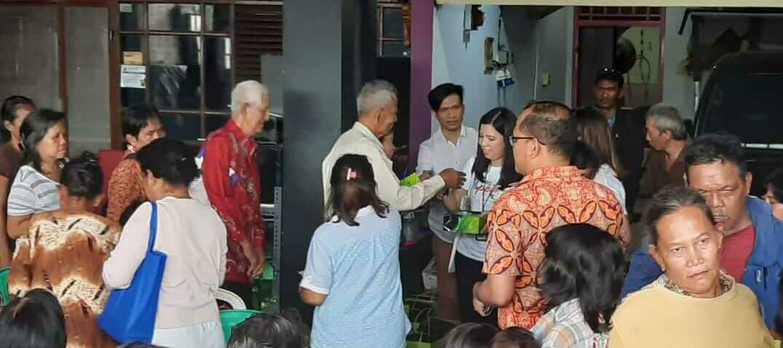 CSR Program - First Media Berikan Bantuan Makanan Di Tiga Lokasi image